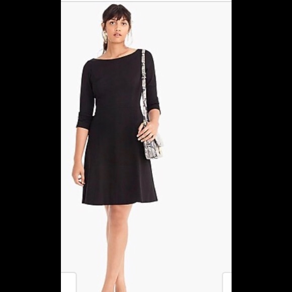 size 6 J.Crew Fit and flare sheath dress in stretch ponte  $148 NWT